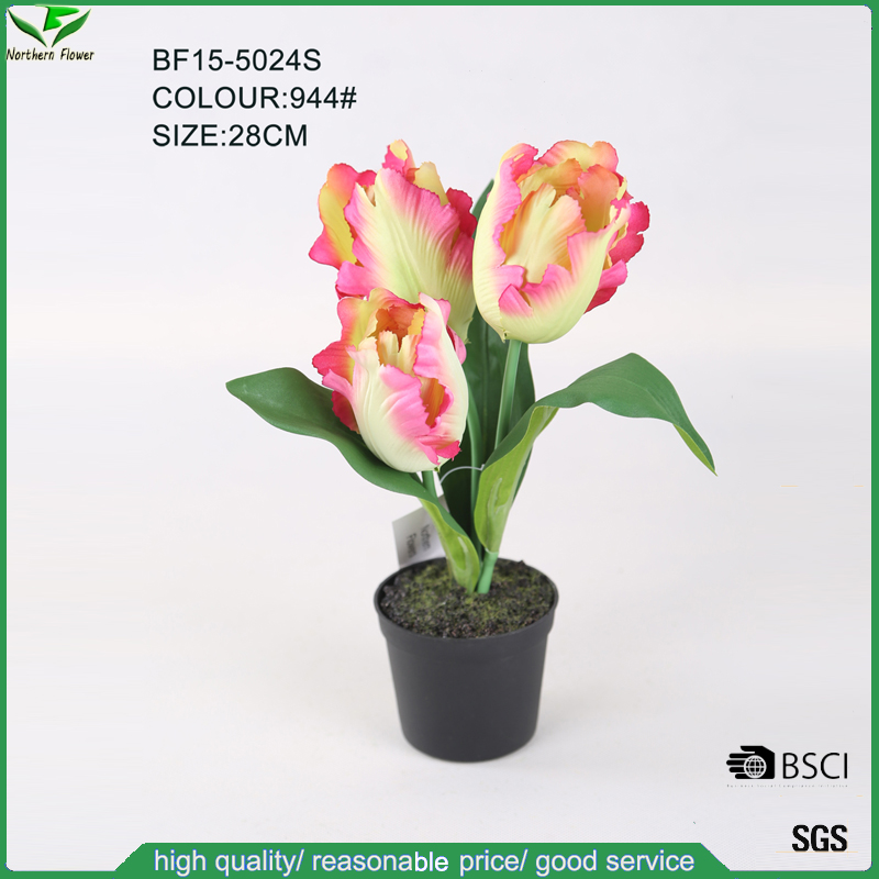 28 CM Artificial Tulip in Black Plastic Pot for Centerpiece