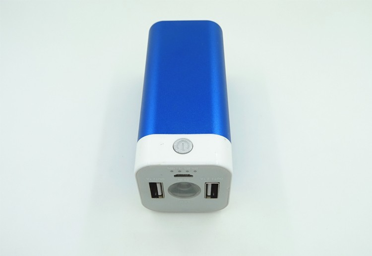 BSCI factory universal portable unique design mobile power bank 10000 mAh with LED torch
