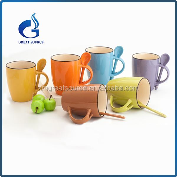 Colorido al por mayor taza de cer mica con cuchara en el for Fabrica ceramica blanca