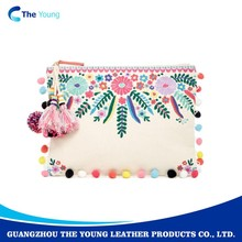 2018 Latest western design wholesale PU leather hand made ladies clutch purse