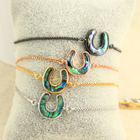 Fashion Gold Plated Abalone Shell Lucky horseshoe charm adjustable bracelet, good luck horse shoes bracelet with slider chain