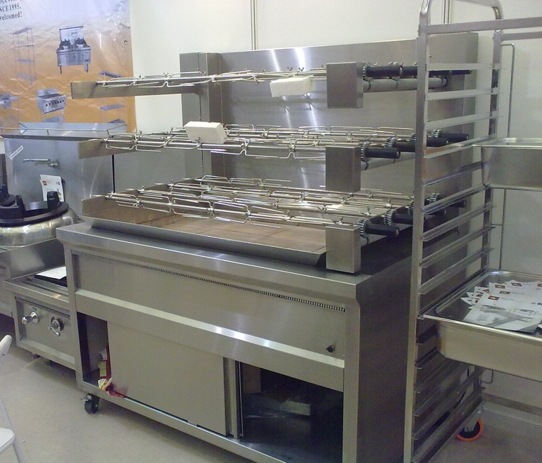 Commercial Kitchen Equipment Large Gas Grill Barbecue