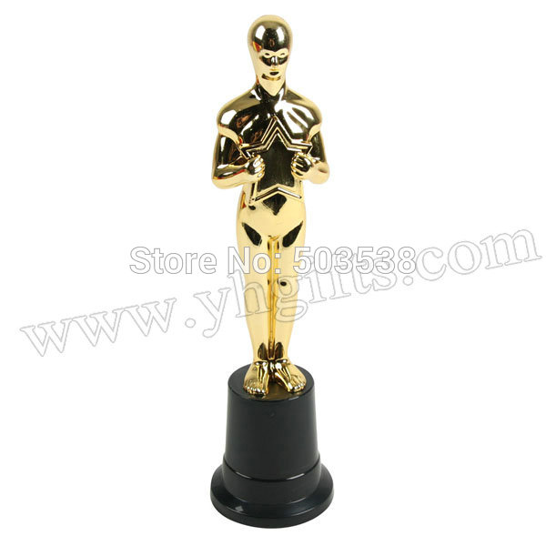 Image Result For Oscar Trophy Malaysia