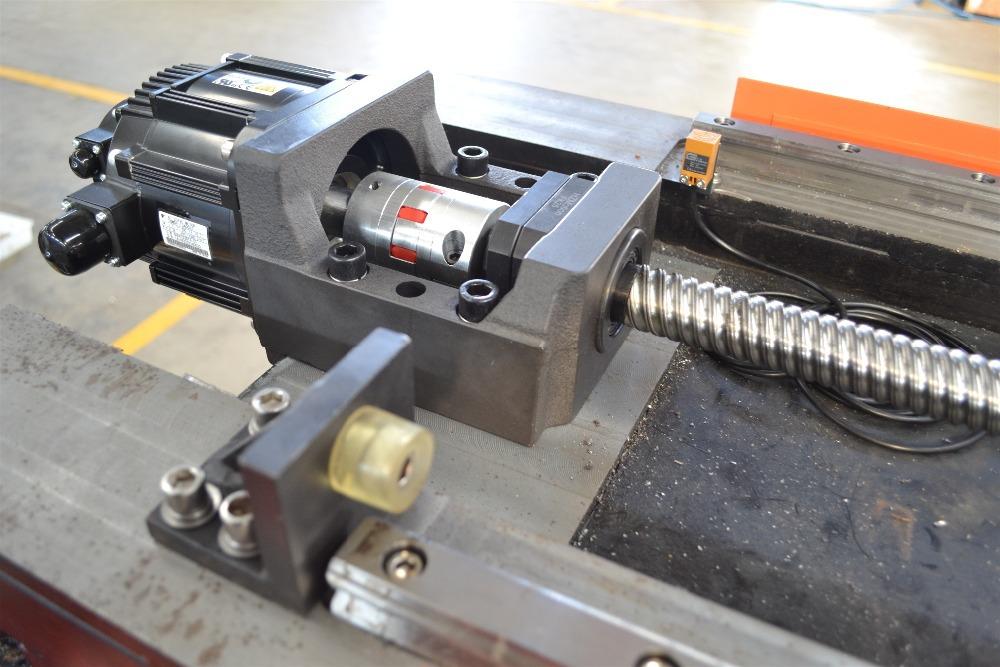 laser sheet metal cutting machine
