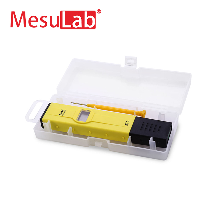 Portable digital conductivity test meter