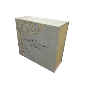 printed cardboard packaging gift box wholesale 4 colors printing white box packaging