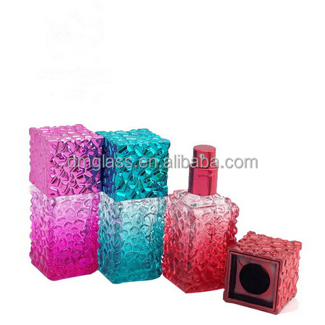 Wholesale 20ml square glass perfume bottle with spray pump empty glass bulk perfume spray bottle 20ML glass spray glitter