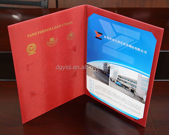Customized degree diploma cover
