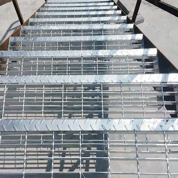 serrated flat bar /stainless steel serrated steel /plain flat bar grating