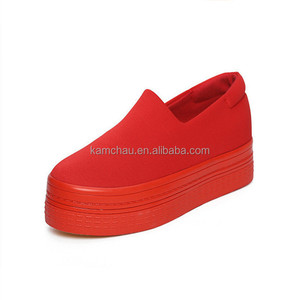 Best selling cheap price rubber sole canvas upper red bottoms men loafers shoes