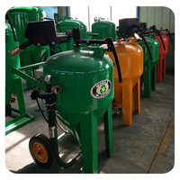 Equipped with Sandblasting Hoppers dustless Water Sand Blasting Machine