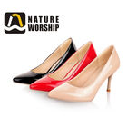 Fashion Ladies Pointed Toes Daily Casual Chaussures à talons hauts Stilettos Chaussures simples pour femmes Filles