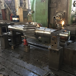 Cnc Milling Machining Alloy Steel Ball Mill Double-helical Customized Metal Shaft Threaded Forged Spline Axis