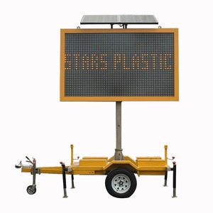 Mobile Informative LED Solar Traffic Warning Signs Variable Message Signs screen Trailer Traffic Signal