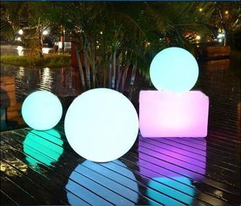 Beleuchten Sie Solar-schwimmende Licht-led-ball-garten-solar-led-bälle Im  Freien Pool-bälle - Buy Beleuchten Solar Floating Licht Led Ball,Garten ...