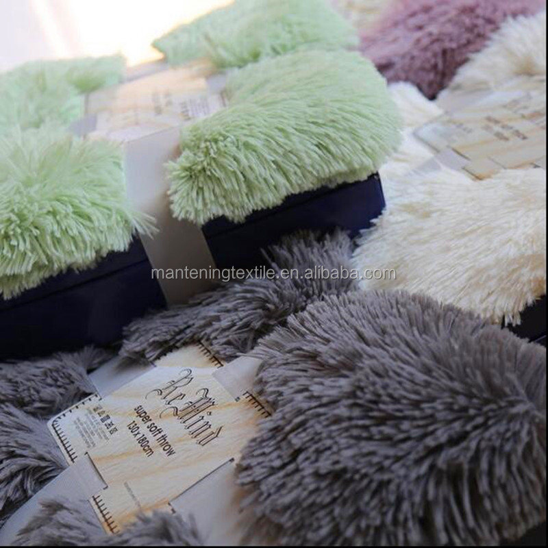 yiwu mantening wholesale raschel material double thickening warm keeping pv plush blanket