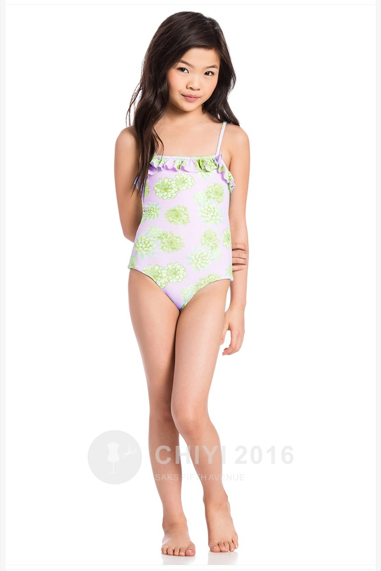 Japan teen ultra micro bikini slip teasing show 4
