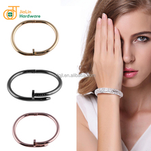 Cheap Price OEM Adjustable Bracelet Stainless Steel Bangle Jewelry For 60 Countries Customers