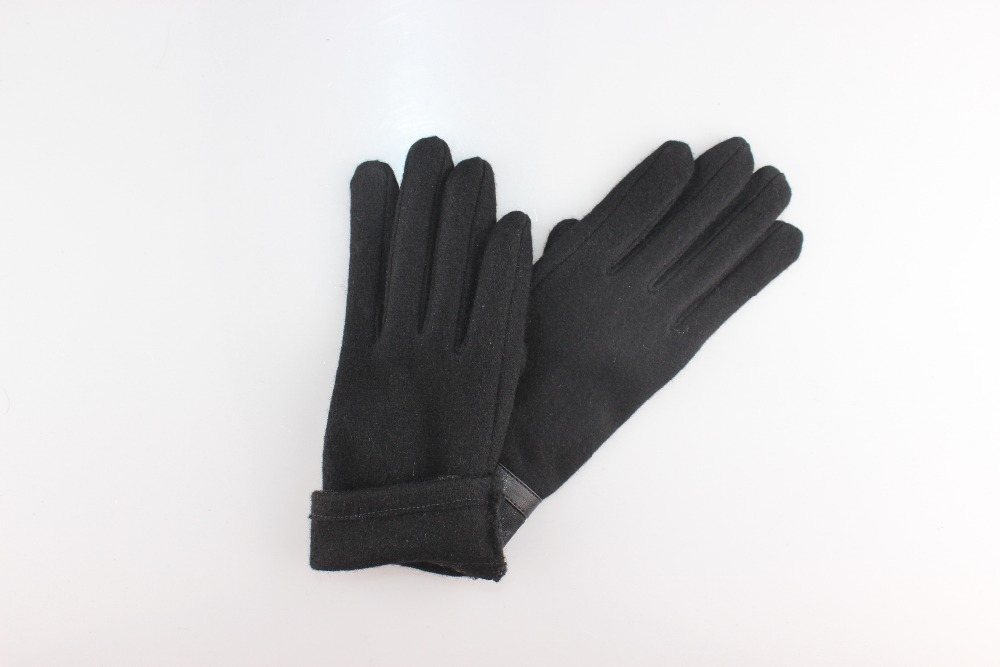 Black wool touch gloves with very cheap price