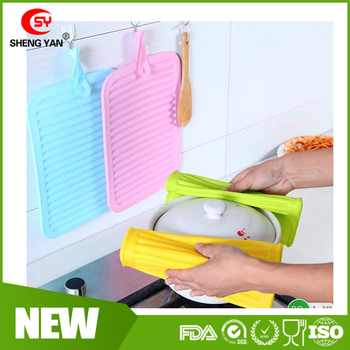 Creative Kitchen Silicone Tableware Mat Anti Slip Insulated Large Size Hot Pads Hang