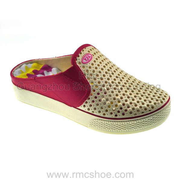RMC hole breath freely flat sandals for women