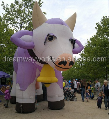 2017 Hot sale inflatable cow milka for advertising