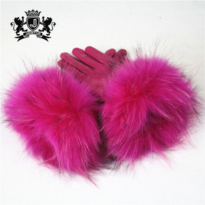 Wholesale Windproof Sheep Skin And Raccoon Fur Lined Leather Winter Warm Gloves Women