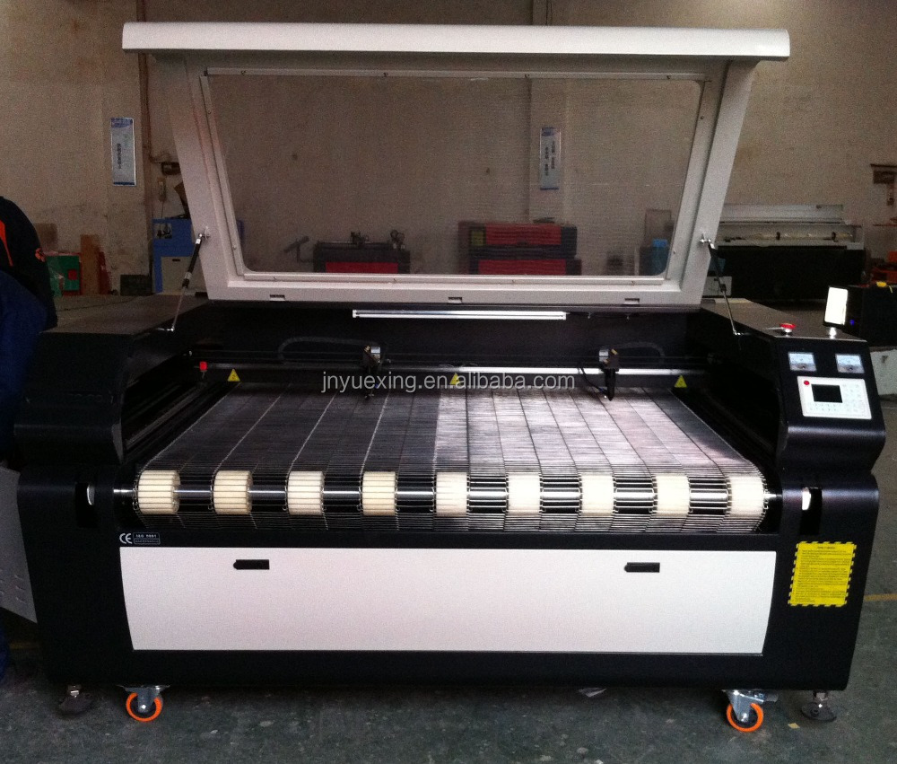 CO2 laser engraving and cutting machine/auto feeding laser cutter for fabric,leather