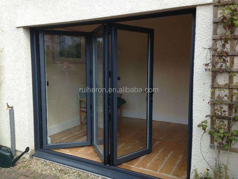 Comercial para restaurante hotel patio interior puertas de for Puertas para patio interior