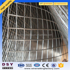 Alibaba professional cheap galvanized wire mesh rolls/1/2 inch square hole welded wire mesh/pvc coated welded wire mesh