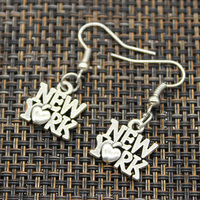 2017 Wholesale fashion silver alloy heart New York earring designs for girls