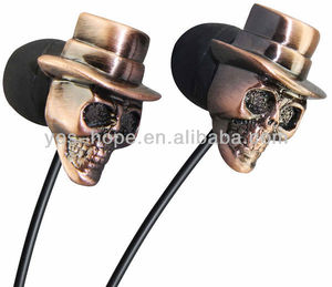 Top quality custom handsfree stereo mp3 skull earphone and headphone for music show your cool personality