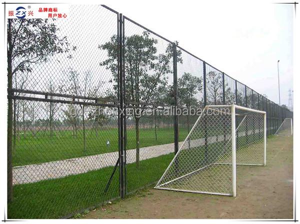 Guangzhou Fabrik Fußballplatz Pvc- Beschichtet Maschendrahtzaun ...