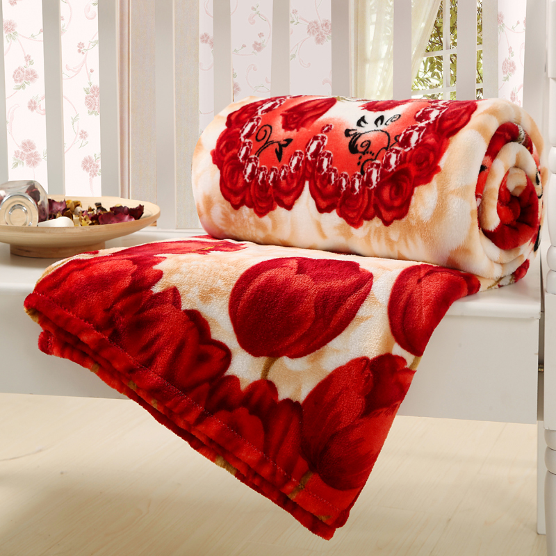 Winter 100 Coral Fleece Blanket With Red Tulip Throw Rugs