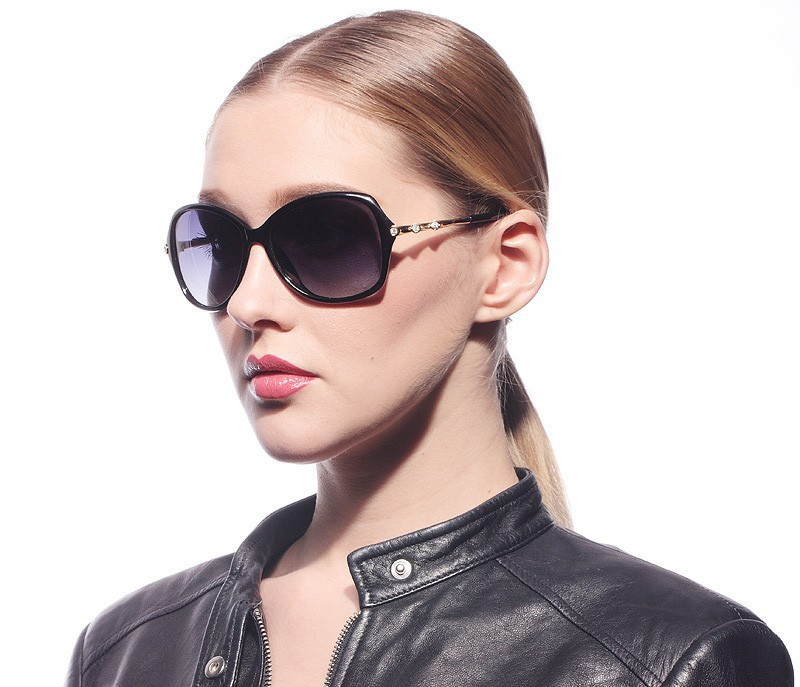 The new fashion lady polarized sunglasses gradient sunglasses polarizer female model 1a13137 summer style
