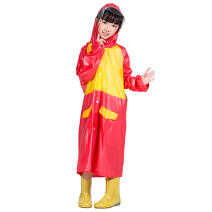 2019 child rainsuit pvc in cartoon printing fashion touring rain coat Knitting Pvc waterproof raincoat for children