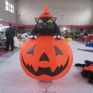 Customized Airblown Halloween Artificial Lighted Inflatable Pumpkins Model with Black Cat Decoration
