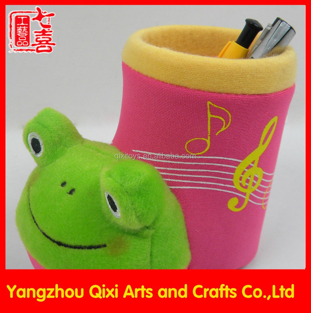 Animal shape plush toy frog table plush handmade pen holder