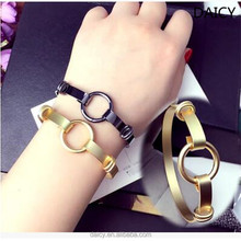 DAICY 2017 new fashion women unique gold Geometric sexy bangle