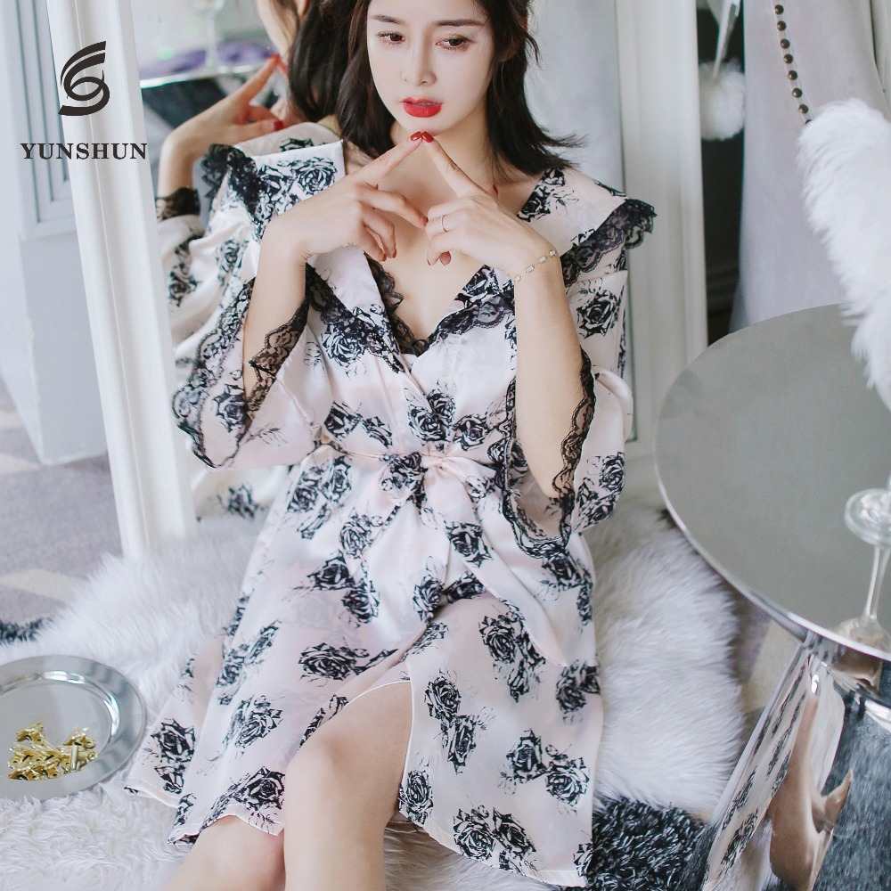 China manufacturer fashion cute long sleeves lace satin women night bath robe