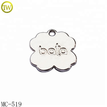 Custom flower shape engraved jewelry tags silver logo metal charm wholesale
