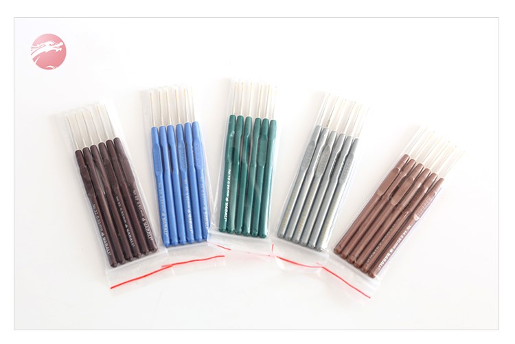 China Factory Direct Sales Used For Knitting Hats Scarves DIY Etc Wholesale Knitting Needle Crochet Hook Set