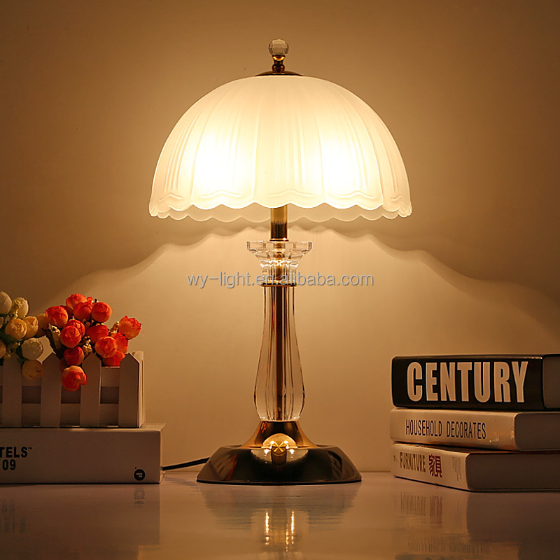 Newest European style chrome-plated crystal lamp with glass lamp shade