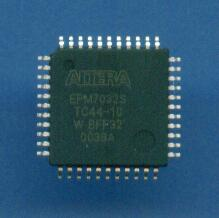 EPM7032STC44-10 ALTERA FPGA CYCLONE STRATIX ACEX APEX FLEX MAX Series Obsolete Industrial / Military IC