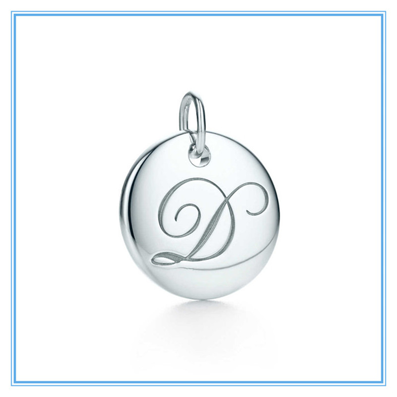 "Yiwu Meise fashion Single initial stainless steel letter ""D""disc charm"