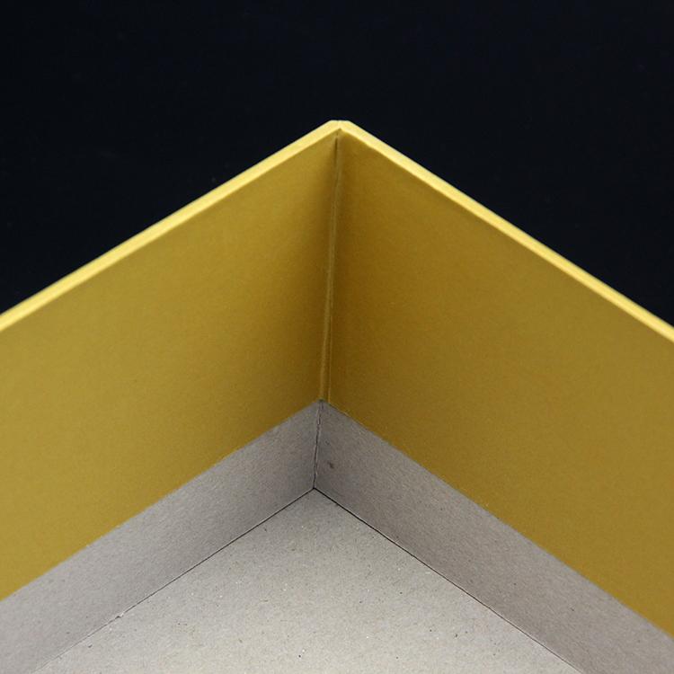 paper gift box (1).jpg