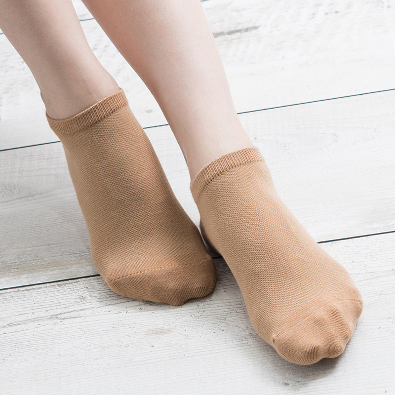 2018 new design plain style women cotton ankle socks