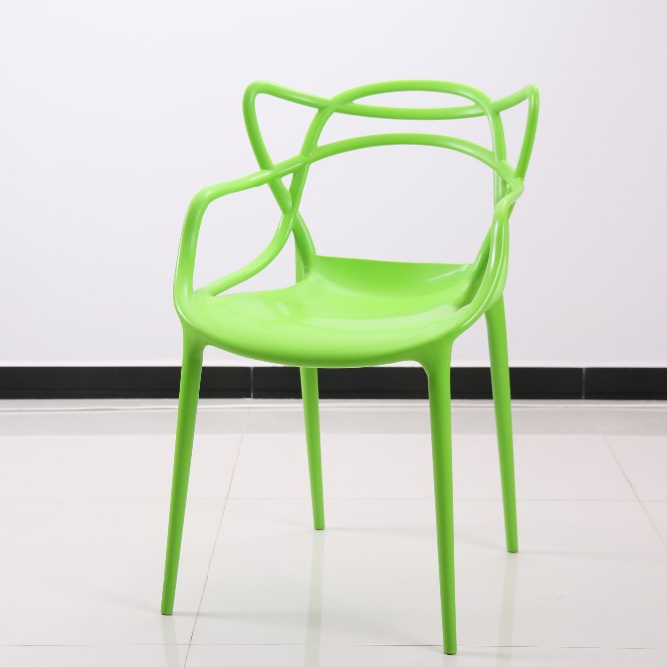 f9cbc631 Venta caliente de diseño simple de plástico PC al aire libre silla para  jardín