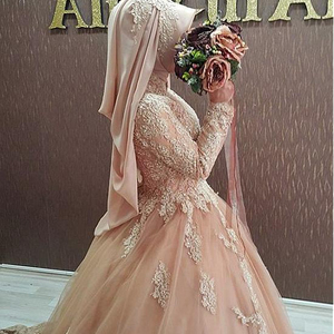 Graceful Appliques Beaded High Collar Ball Gown Arabic Islamic Tulle Wedding Dresses
