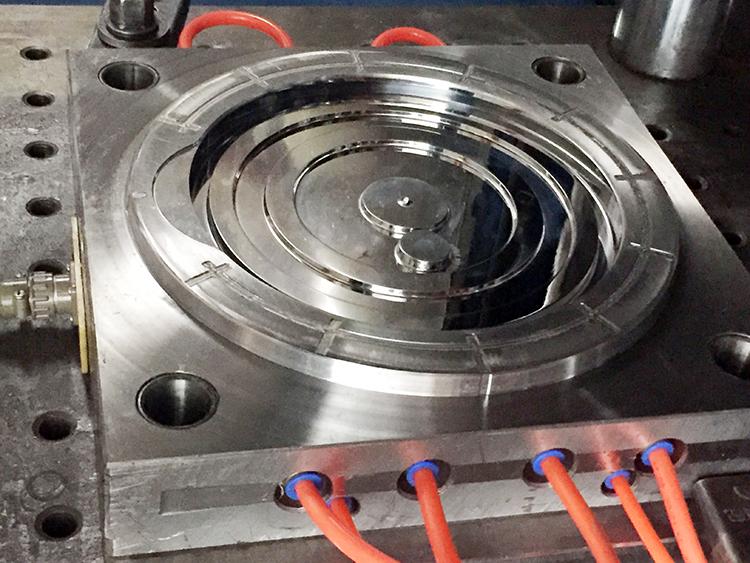OEM Fabrication 10L Alimentaire Récipient En Plastique Seau Avec Robinet Et Couvercle
